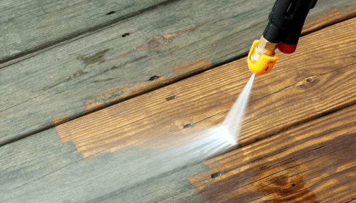 Whats-the-Difference-Between-Power-and-Pressure-Washers